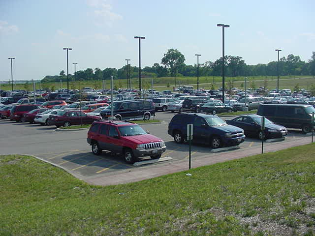 Metra Parking - Elburn, IL